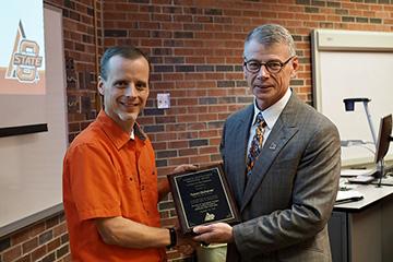 Tyson Ochsner named OSU's 2018 Sarkeys Distinguished Professor Award recipient