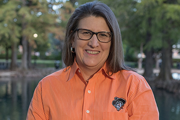OSU's Sitton earns national honors for teaching and student engagement