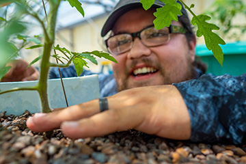 Graduate student first to use aquaponics with grafted plants