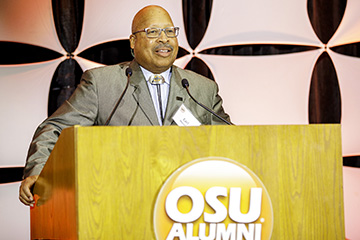 The lasting legacy of Oklahoma State's Earl Mitchell