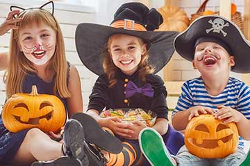 Trick-or-treat food safety tips for Halloween