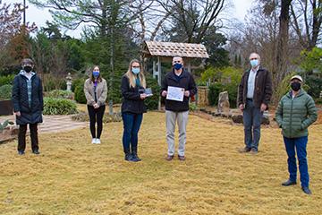 Oklahoma Gardening TV show receives environmental award