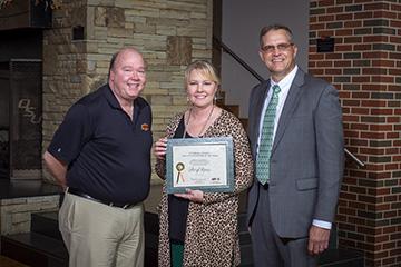 Moore named 4-H Volunteer of the Year