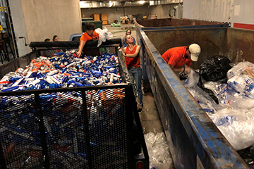 OSU students make an impact through tailgate recycling efforts