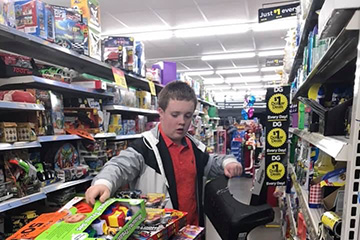 Pittsburg County 4-H'er makes holiday special for thousands