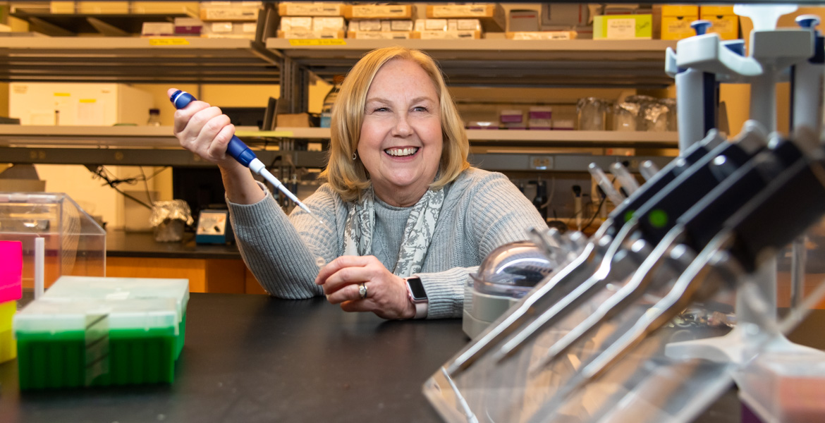 Watson, four other female scientists produce comprehensive analysis of sunflower family