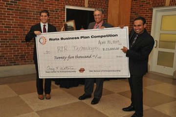 Three teams of OSU students win top prizesin Riata Business Plan Competition