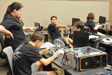 Spears Business hosts ISyTE Academy for high schoolers
