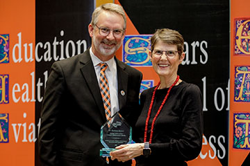 Professor Barbara Brown receives Global Education Faculty Excellence Award