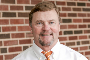 EHA Professor Honored by Office of Fraternity and Sorority Affairs