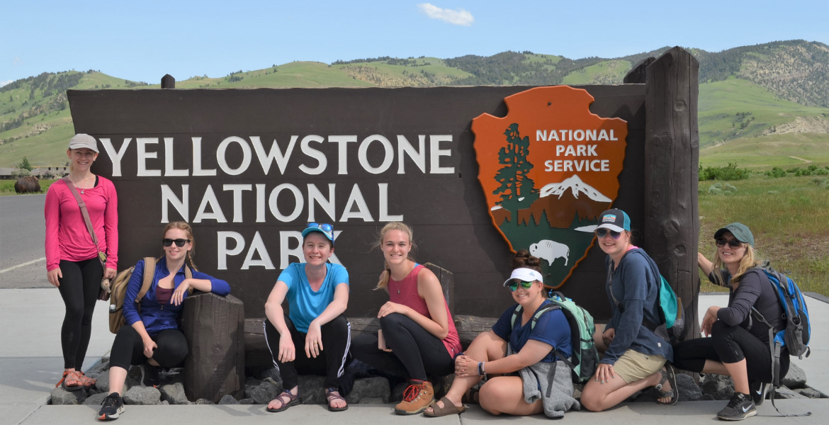 Students at Yellowstone sign