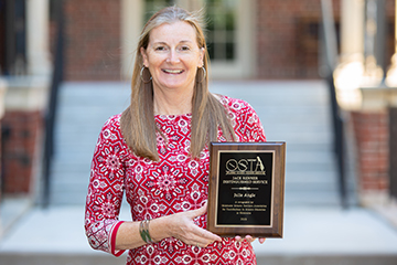 Julie Angle receives science education award