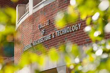 Four College of Engineering, Architecture and Technology seniors receive top honors from the Alumni Association