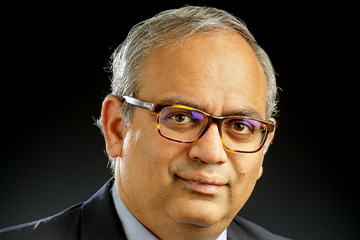 Dr. Jindal Shah awarded the 2020 Distinguished Early Career Faculty Award
