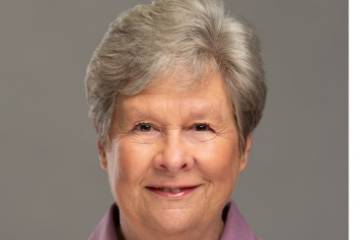 Regina Henry Honored with Lifetime Membership Award