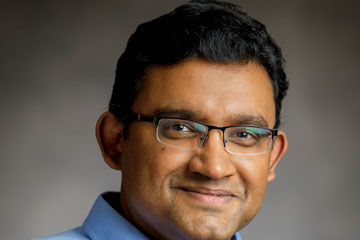 Ramachandran Earns Faculty Award