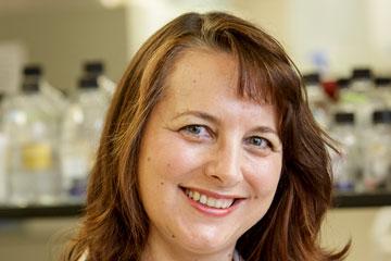 Vet Med Faces of Research: Dr. Lara Maxwell