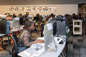 Innovative after-school program captures Native American students' interest in STEM