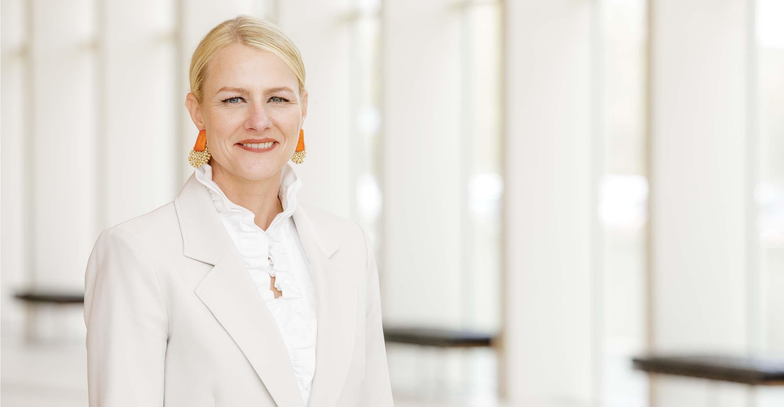 A portrait photo of OSU President Kayse Shrum.